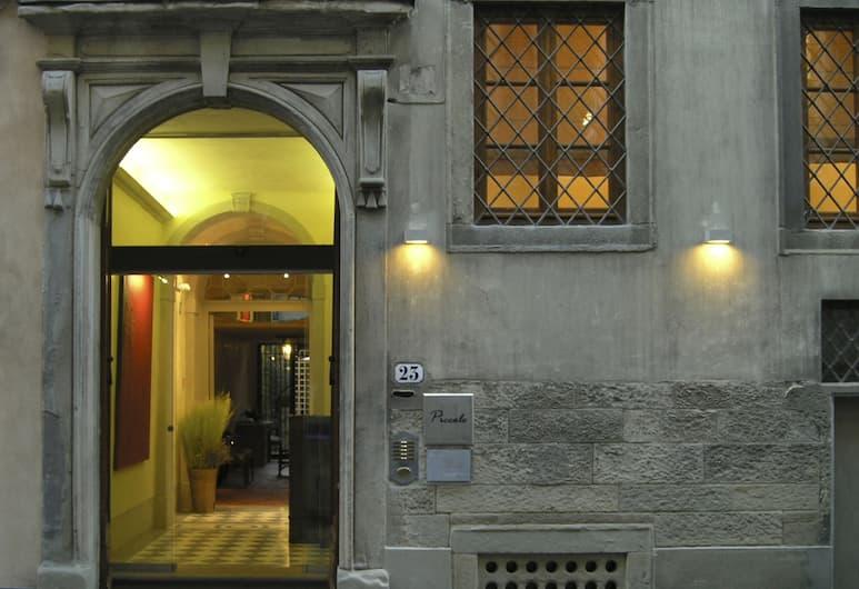 Piccolo Apart Residence, Florencie, Fasáda