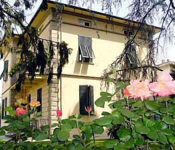 Picture of Villa Romantica in Lucca