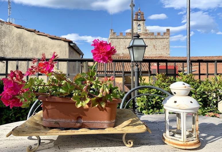 Residence Manassei, Prato, Taras/patio