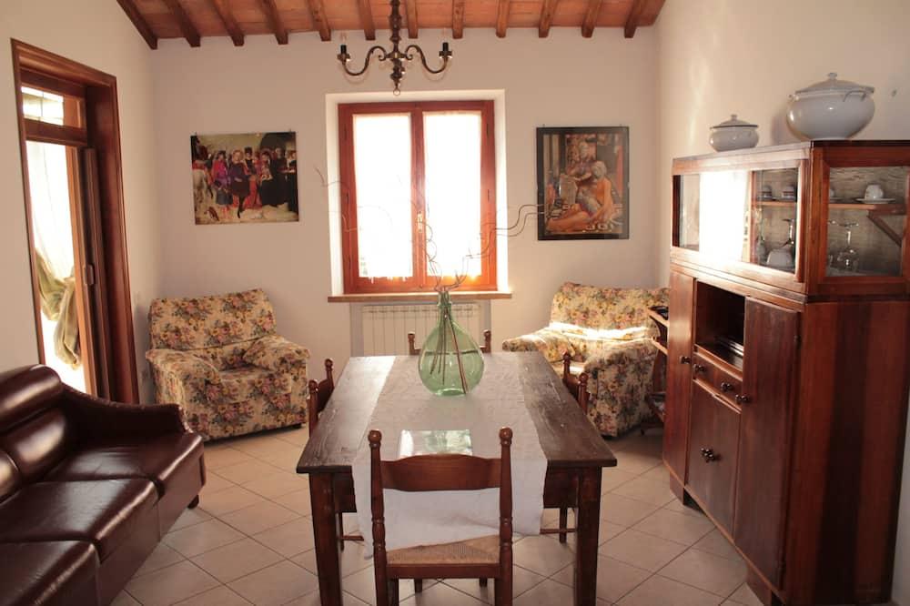 Традиционные апартаменты, 2 спальни, для некурящих, смежные номера - Гостиная
