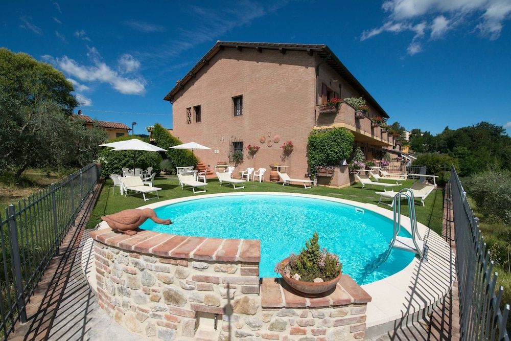 Casa Lari, San Gimignano
