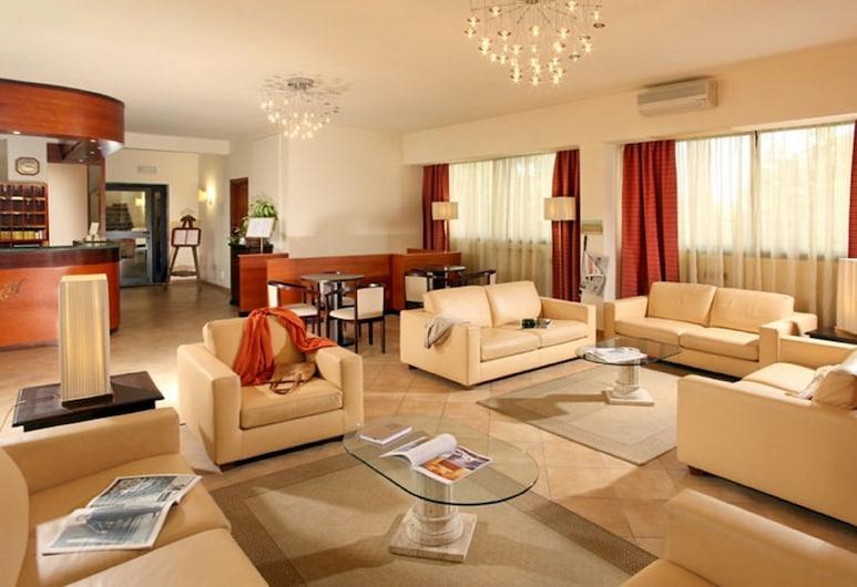 카시아 호텔, 로마