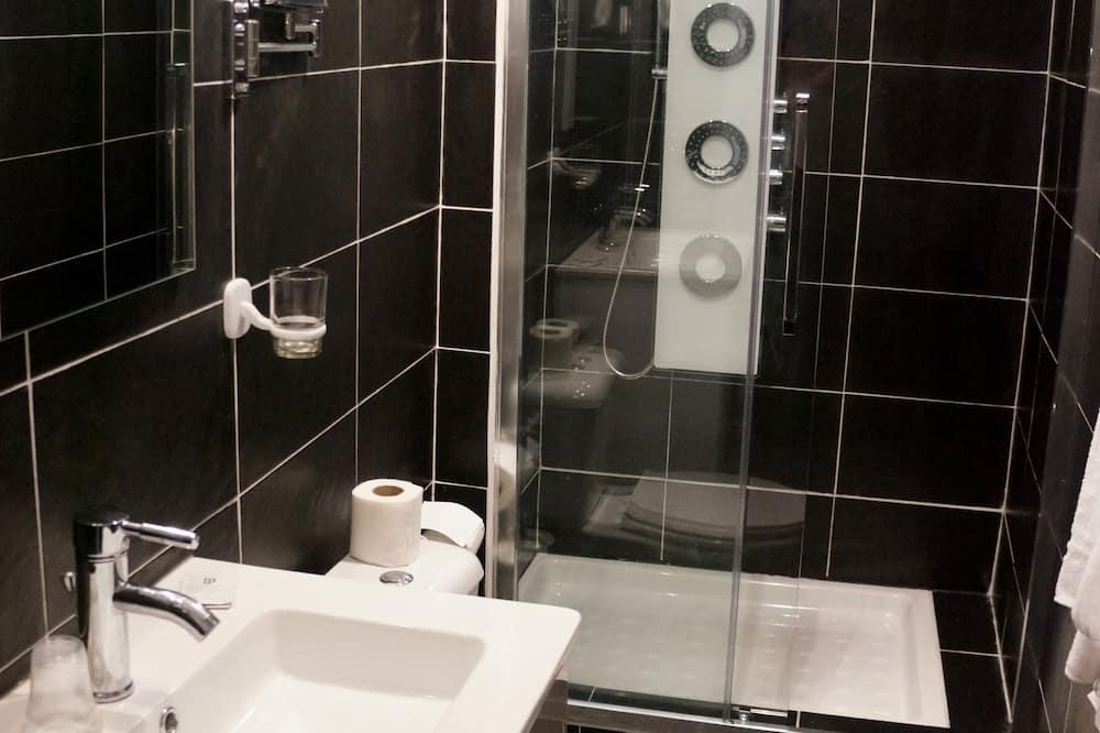 舒適雙人房 - 浴室