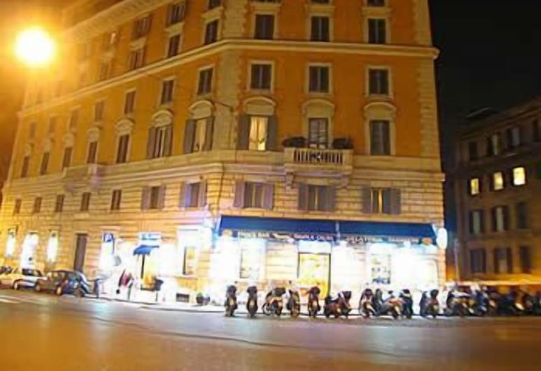 Tourist House, Rome, Hotel Front – Evening/Night