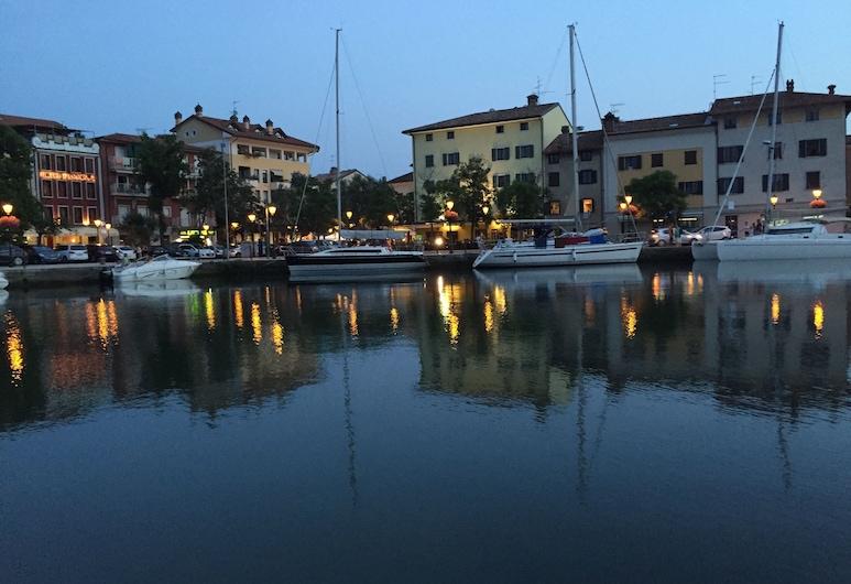 Alla Città di Trieste, Grado