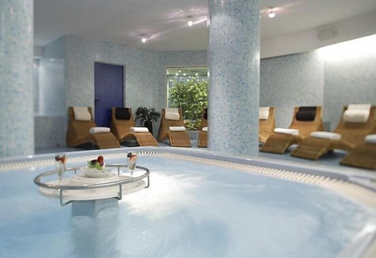 International Beach Hotel, Lignano Sabbiadoro, Εσωτερική μπανιέρα υδρομασάζ