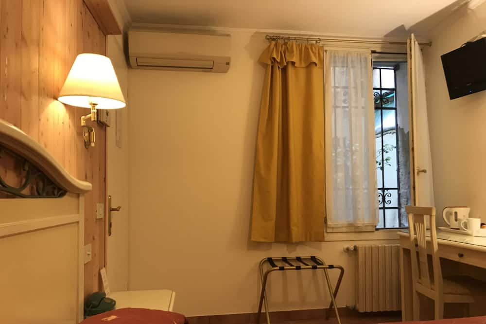Double or Twin Room, Private Bathroom (external) - Guest Room