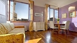 Choose this Apartment in Florence - Online Room Reservations