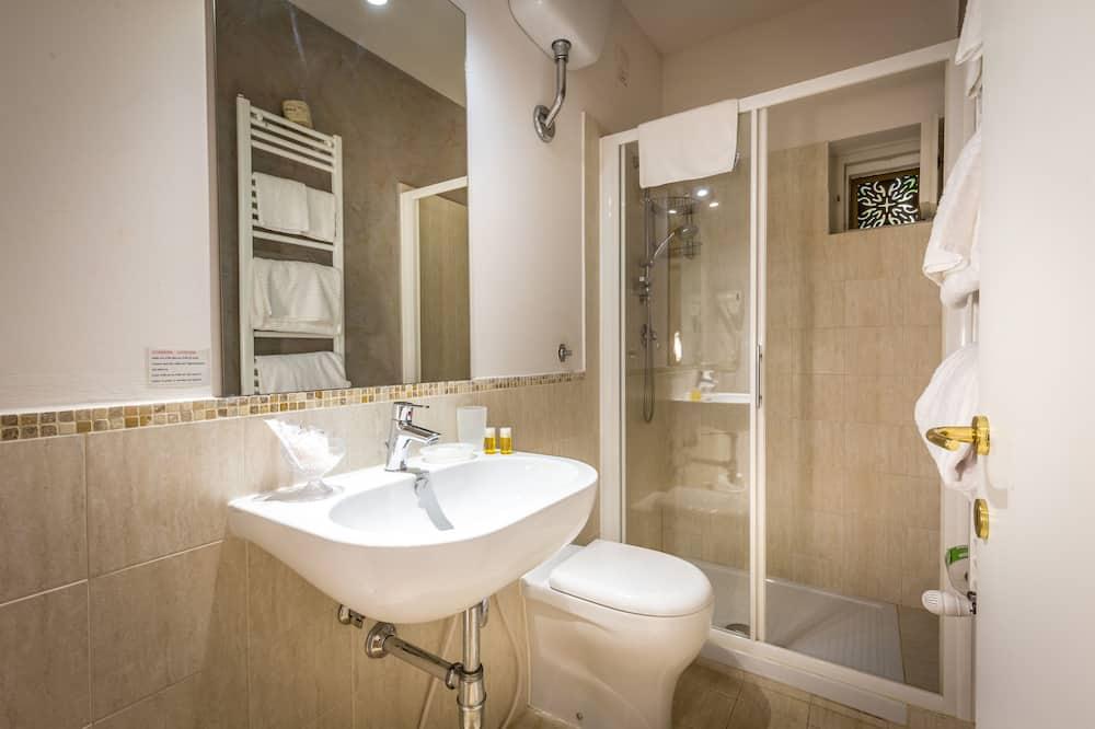 Double Room Single Use, Private Bathroom - Bathroom