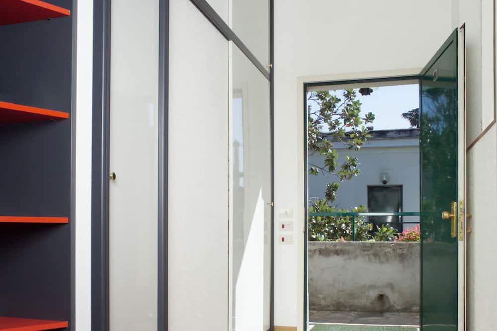 Suite, Kitchenette (Double) - Terrace/Patio