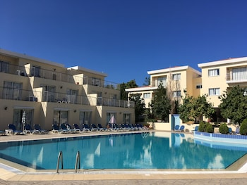 Picture of Nicki Holiday Resort in Polis