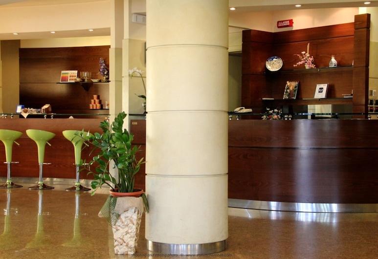 Hotel Tevere, Perugia, Salón en el lobby