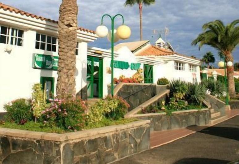 Campo Golf Bungalows, San Bartolome de Tirajana, Aed