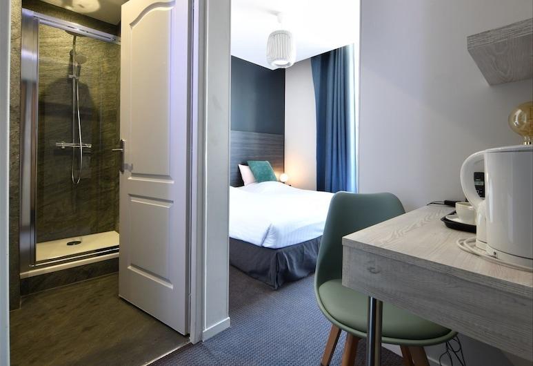BDX Hôtel Gare Saint Jean, Bordeaux, Chambre Familiale Double ou avec lits jumeaux, plusieurs lits, Chambre