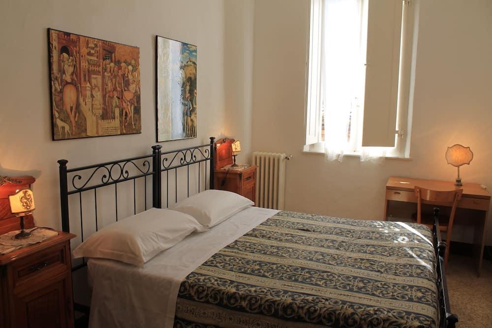 Standard-Doppelzimmer, Gemeinschaftsbad - Wohnbereich