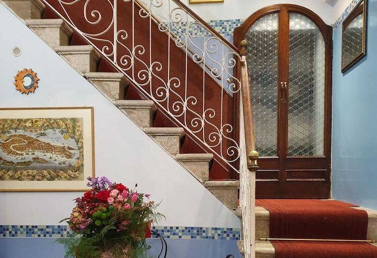 Residenza degli Angeli, Veneetsia, Peauks