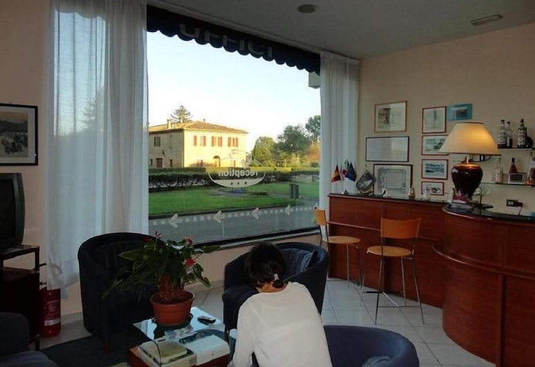 Hotel 1000 Miglia, Monteroni d'Arbia, Reception