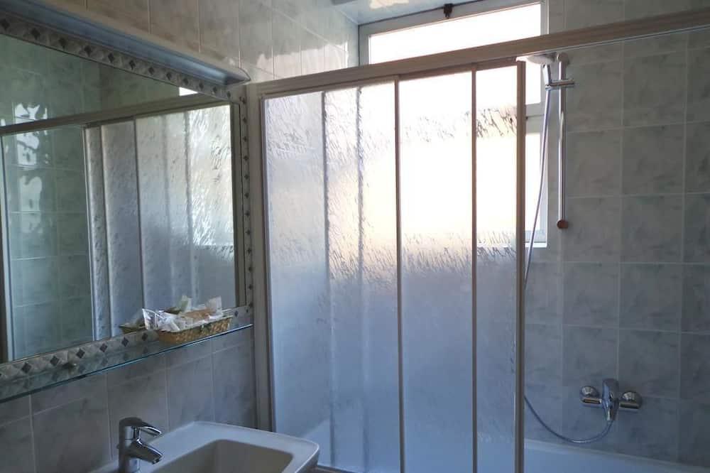 Standard - yhden hengen huone - Kylpyhuone