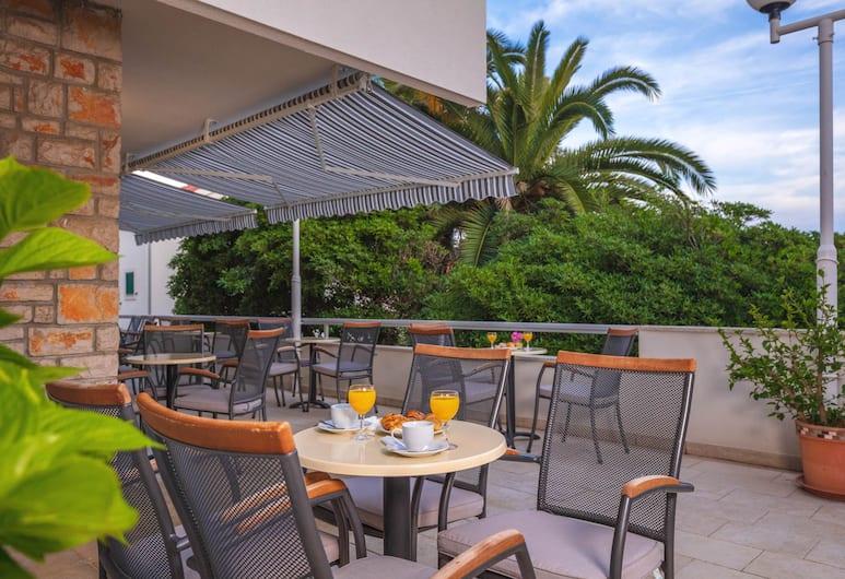 法瑞亞阿派特霍特爾酒店, 赫瓦爾, 陽台