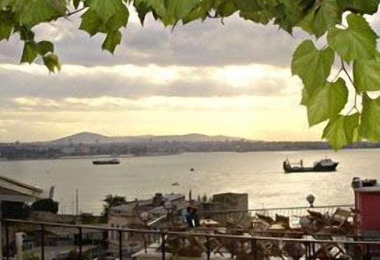 Marmara Guesthouse, Istanbul, Outdoor Dining