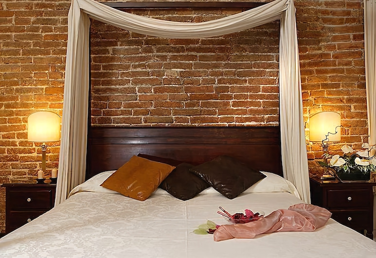 Ca' del Nobile, Wenecja, Pokój dwuosobowy typu Deluxe (Four Poster Bed), Pokój