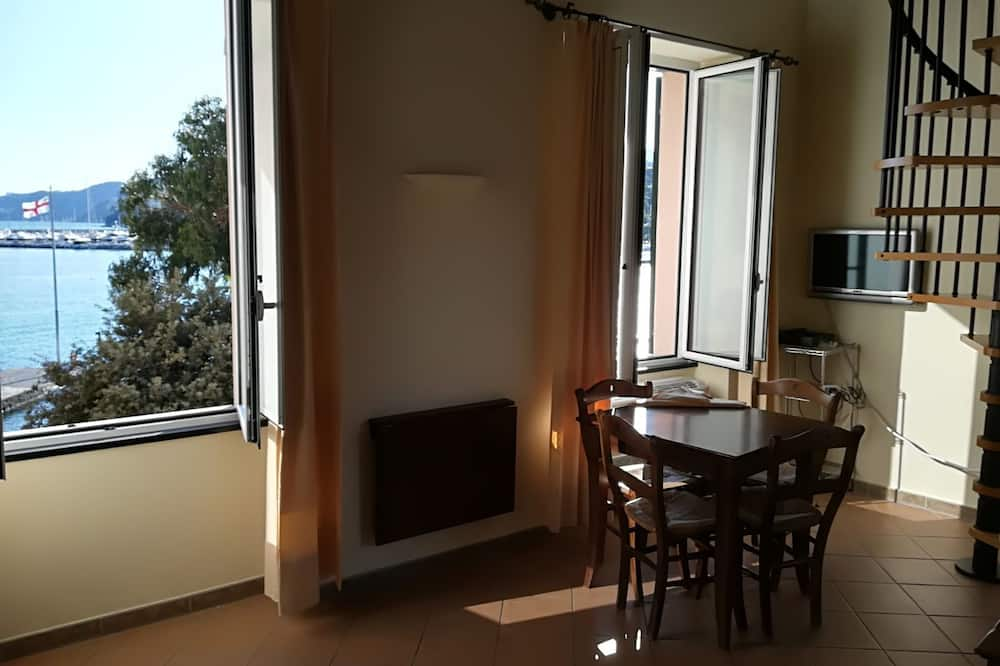 Studio, Sea View (4 Adults) - In-Room Dining