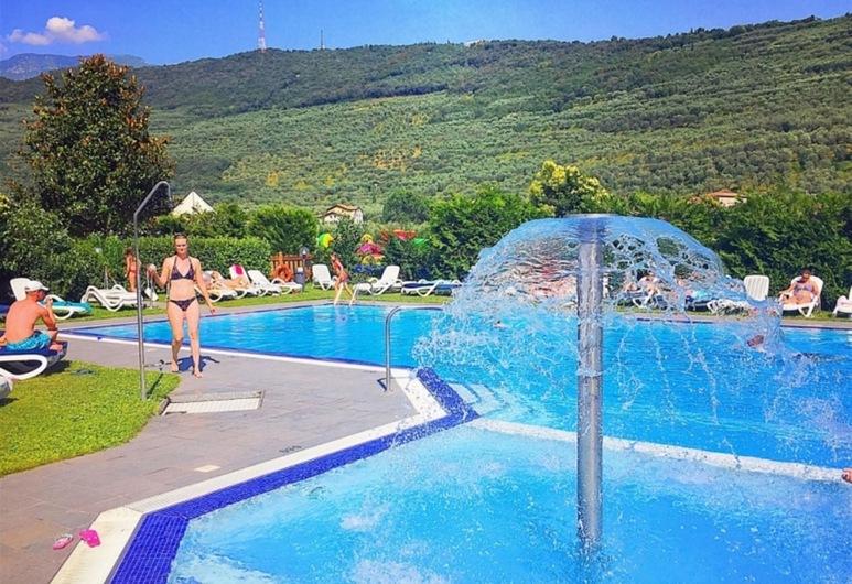 Ambassador Suite Hotel, Riva del Garda, Svømmebasseng
