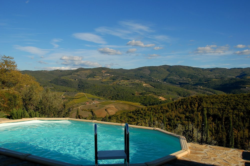 Casa de campo romántica, 2 habitaciones, cocina básica, vistas a la colina - Habitación