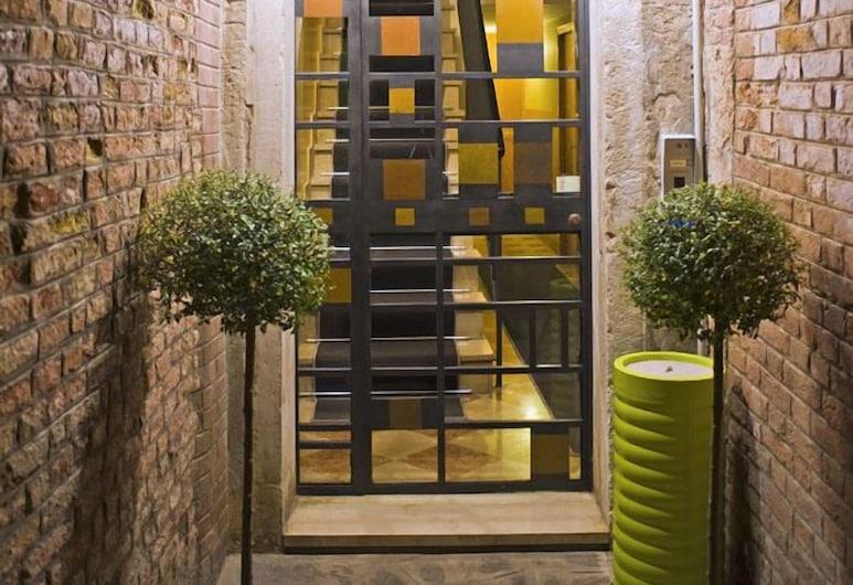 La Locandiera, Venedig, Hoteleingang