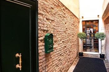 Picture of La Locandiera in Venice