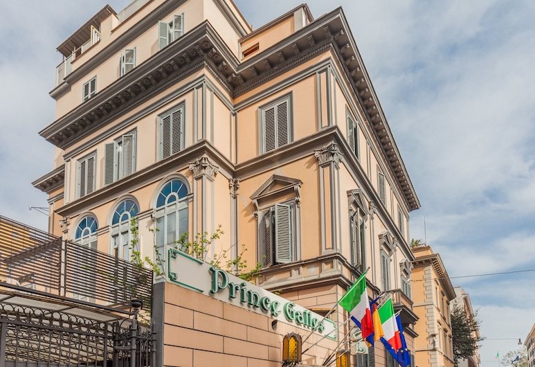 Prince Galles, Rome, Hotel Front