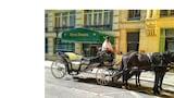 Gần  - Vienna: