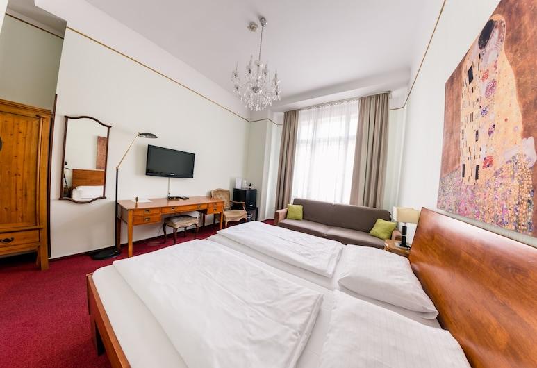 Hotel Pension Dormium, Viena, Quarto triplo, Quarto