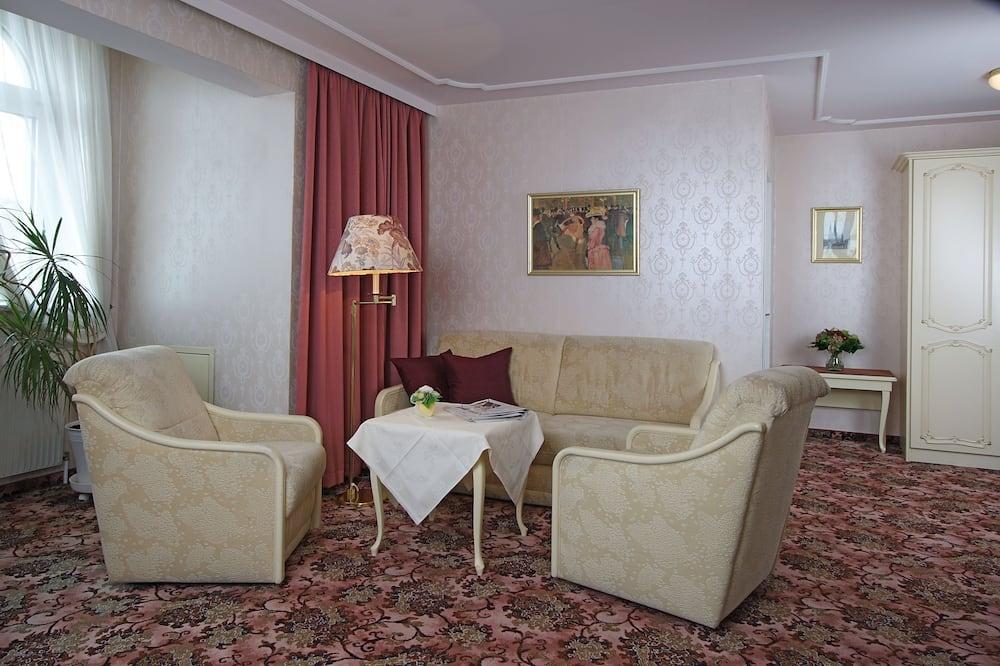 Dreibettzimmer (5th and 6th Floor) - Wohnzimmer