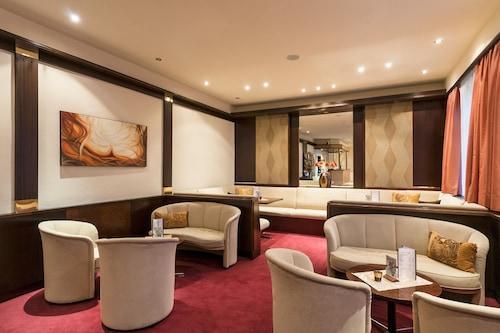 科爾蒂納俱樂部飯店/