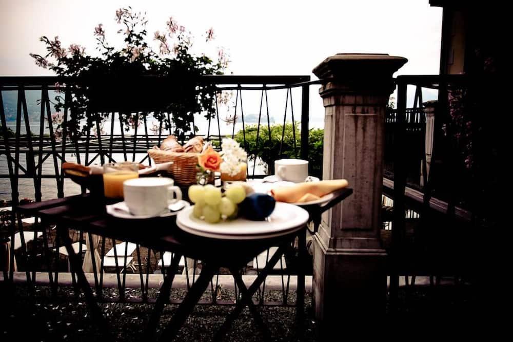 Kamar Double Panorama, teras, pemandangan danau - Balkon