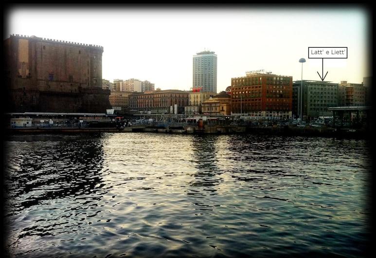 Latt' e Liett', Naples, Hotel Front