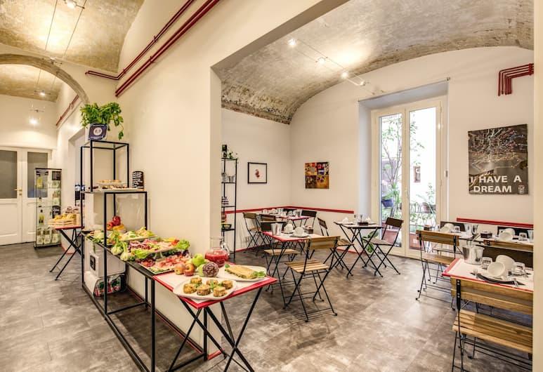 La Casa di Amy, Rome, Dining