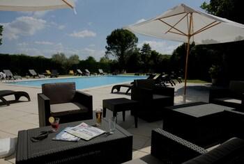 Avignon bölgesindeki Hotel Restaurant La Ferme resmi