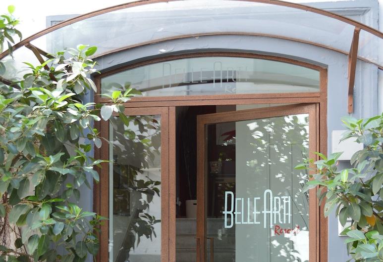 Belle Arti Resort, Naples, Hotel Entrance