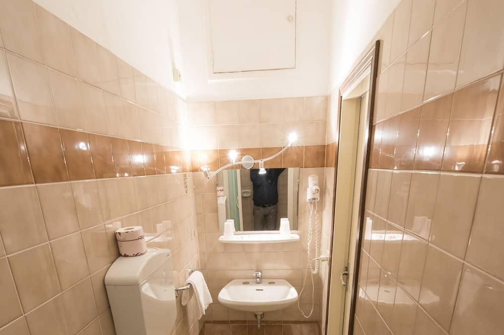 經典三人房, 私人浴室 - 浴室