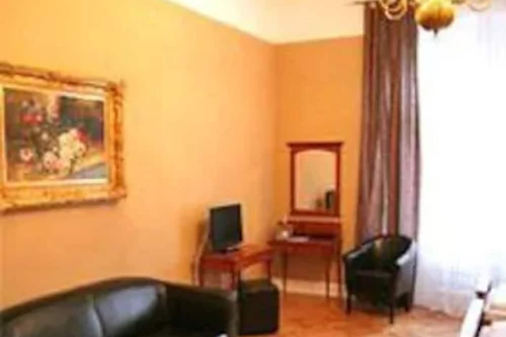 Standard Δίκλινο Δωμάτιο (Double) - Περιοχή καθιστικού