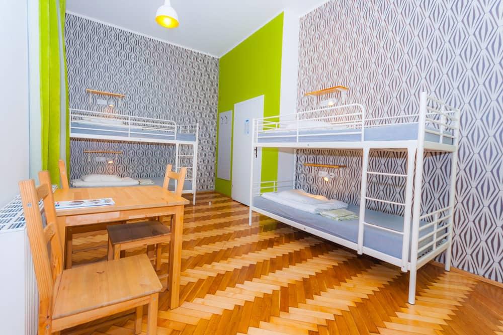 Łóżko w pokoju wieloosobowy dla 8 osób - Pokój dla dzieci