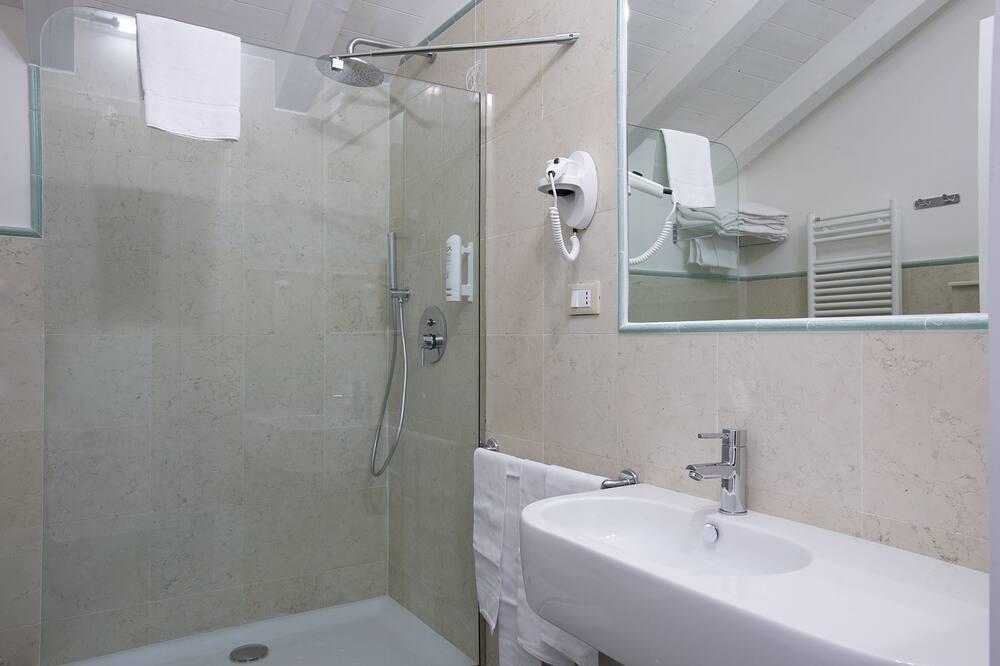 Junior Suite With Hot Tub - Bagno