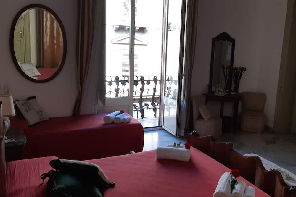 Comfort-Vierbettzimmer - Balkon