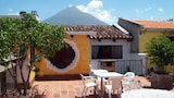 Check the price of this hotel in Antigua Guatemala