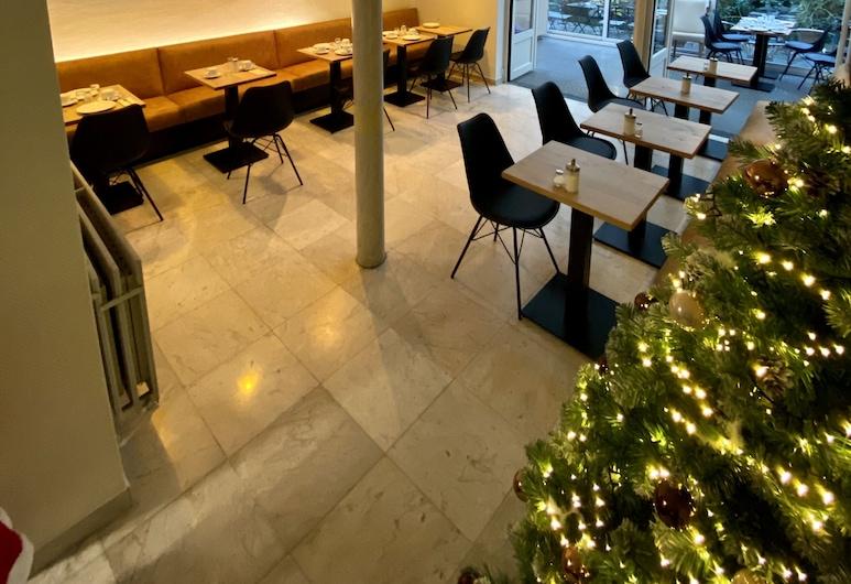 Montovani, Bruges, Breakfast Area
