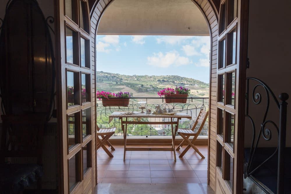 Junior Suite, Terrace, Valley View - Terrace/Patio