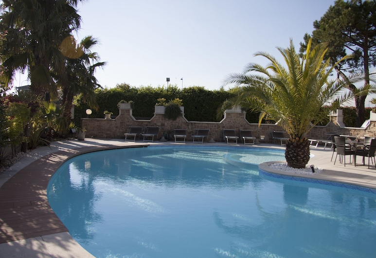 Hotel Berta, Desenzano del Garda, Pool