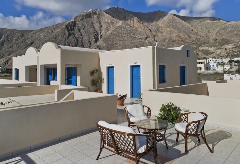 Irigeneia Hotel, Santorini, Property Grounds